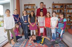 Kids strike for a post after a magical party. #magician #Kinder #Zauberer: http://www.selimtolga.ch