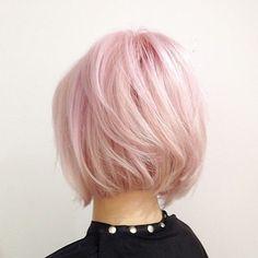 Trendy Pink Hair! One of the all-time-fav colors on our hair! Το ροζ είναι από τα αγαπημένα χρώματα κάθε γυναίκας! Δείτε μερικές από αυτές με τις εκπληκτικές αποχρώσεις του ροζ!!! Gallery