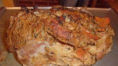 Carnea la cuptor este un fel de mâncare adorat de toți carnivorii înrăiți. Este foarte simplu să preparați carnea astfel încât aceasta să fie delicioasă, fină și mole.Vă prezentăm mai jos un ingredient secret, care vă asigură cea mai bună marinadă. Puteți prepara atât carnea de porc sau vită, cât și cea de pasăre. Rețeta … Meat Recipes, Cooking Recipes, Bbq Roast, Tasty, Yummy Food, Russian Recipes, Everyday Food, Main Meals, Bon Appetit