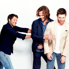"simplyjensendaily: "" SiriusFM Appearance & Comic Con Portraits ""Images from Jensen's interview with and his Supernatural co-stars; Jared Padalecki and Misha Collins, have been added to the gallery as. Supernatural Actors, Supernatural Tumblr, Castiel, Supernatural Bunker, Supernatural Convention, Supernatural Seasons, Winchester Boys, Winchester Brothers, Jensen And Misha"