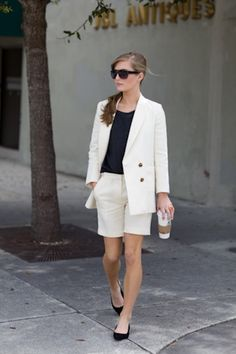 BERMUDA SHORTS AND BLAZER – blazers are usually part of a business-y corporate-ish attire while Bermuda shorts are worn with more casual and street style looks but together these two can create a very beautiful and unique look that has the perfect balance of dressy and dressed down.