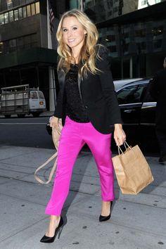 Kristen Bell arrives at her hotel after shopping in Manhattan.
