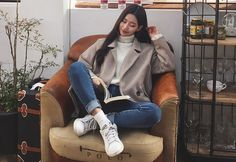 Here Are Some Top winter korean fashion 4268 Korea Winter Fashion, Korea Fashion, Asian Fashion, Autumn Winter Fashion, Girl Fashion, Fashion Looks, Fashion Outfits, Fashion Design, Korean Fashion Trends