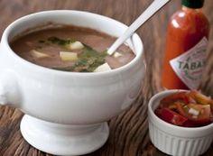 Sopa de Feijão com Batata e Azeite de Coentro - Dedo de Moça