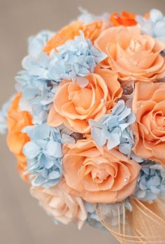 Gorgeous bouquet made up of light blue hydrangeas and pastel orange roses via Sarah's Touch. More Beautiful Flowers Like This! Bouquet Azul, Bouquet Bleu, Peach Bouquet, Blue Hydrangea Bouquet, Pastel Bouquet, Spring Bouquet, Flower Bouquets, Spring Wedding Colors, Spring Colors