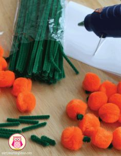 fall fine motor activities - make puff ball pumpkins. Seven fun and exciting ways to work on fine motor skills this fall.  Halloween themed fine motor activity ideas for preschool,pre-k, kindergarten, tot school, and early childhood education.