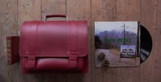 Red Leather Attaché Briefcase from Ruitertassen. Shot with the Twin Peaks Vinyl, just because we love the series! More about this #BusinessBag here: http://www.ruitertassen.co.uk/red-leather-briefcase-laptop-13-woman