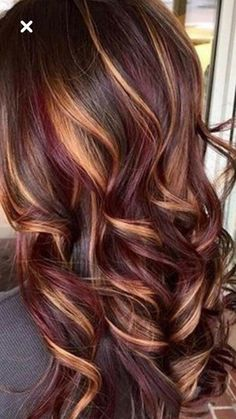 14 Perfect Examples of Lavender Hair in 2019 - Style My Hairs Pretty Hair Color, Hair Color And Cut, Brown Hair Colors, Dark Fall Hair Colors, Hair Color For Dark Skin Tone, Fall Hair Highlights, Colored Highlights, Balayage Highlights, Honey Highlights