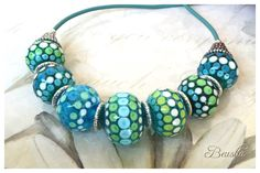 Ein persönlicher Favorit aus meinem Etsy-Shop https://www.etsy.com/de/listing/252937931/handmade-lampwork-necklace-happiness