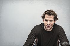 Ryan Kesler- This guy loves his teammates and wants to be there for the long haul! Ryan Kesler, Vancouver Canucks, World Of Sports, Hockey, Studs, Bunny, Cute, Cute Bunny, Field Hockey