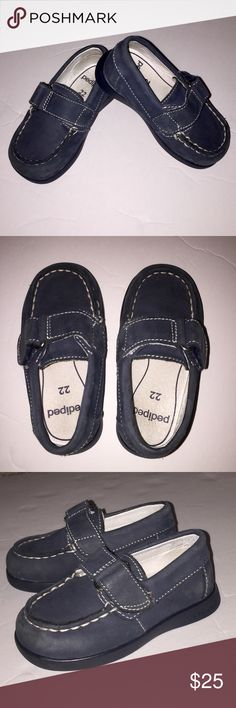 Pediped size 6/61/2 Euro Size 22 Navy Loafer EUC! Pediped size 6/61/2 Euro Size 22 Navy Loafer with Velcro Closure. So cute with flexible non-slip sole with Leather Upper. These are adorable and in excellent condition. They keep your little man's feet comfy, stylish and cute!! Shoes Baby & Walker