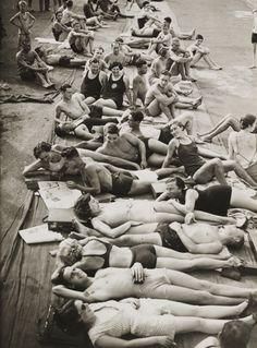 Italy. Sun bathers at the Lido, Venezia, 1934 // Photo by Edward George…