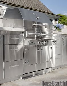 Kalamazoo Outdoor Gourmet Hybrid Grill featured in House Beautiful