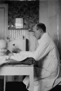 Maitopisarayhdistys - neuvolan synty   Arkkiatri Arvo Ylppö (1887-1992), Finland