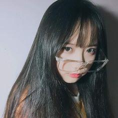 Cute Korean Girl, Cute Asian Girls, Cute Girls, Cute Girl With Glasses, Cute Princess, Girl Couple, Uzzlang Girl, Ulzzang Couple, Kawaii Girl