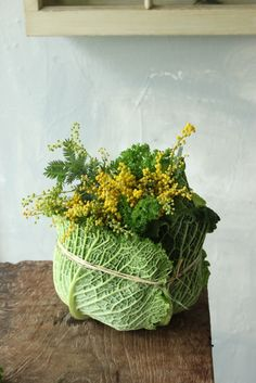 Loving this simple but lovely cabbage arrangement. Simply pick up the…