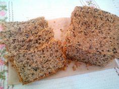 Aqui estou eu com mais uma versão do Pão de forma fácil de liquidificador. Desta vez resolvi usar apenas ingredientes orgânicos e acrescentar muitos grãos (o que significa saciedade, diminuição de …