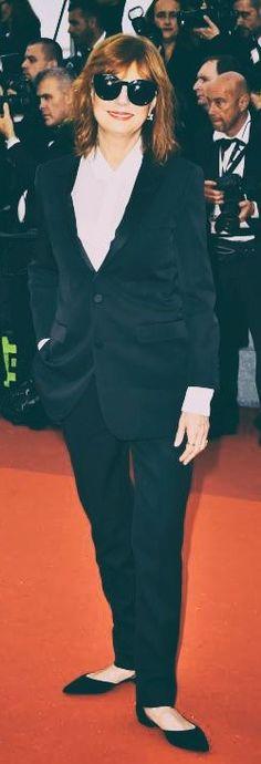 Susan Sarandon en costume Saint Laurent Paris