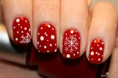 I am presenting before you a post of 20 Christmas snowflake nail art designs & ideas of these Xmas nails are worth trying. Xmas Nails, Holiday Nails, Red Nails, Snow Nails, Holiday Fun, Valentine Nails, Halloween Nails, Nail Art Noel, Snowflake Nail Art