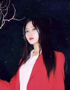 Dreamcatcher (드림캐쳐) - Escape The era (Teaser Images : kpop Kpop Girl Groups, Kpop Girls, Tvxq Changmin, Nct Dream, Photo Cards, Teaser, Mini Albums, The Dreamers, Concept
