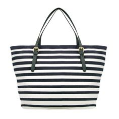 Constant companion for extended shopping trips from #brooksbrothers #stripesahead #designeroutletsalzburg