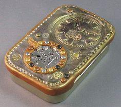 Diy Jewelry Box Ideas Altoids Tins New Ideas Steampunk Diy, Steampunk Fashion, Steampunk Clock, Steampunk Costume, Altered Tins, Altered Art, Diy Jewelry, Jewelry Box, Minis