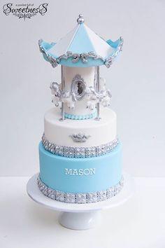 Carousal cake for Mason :) Happy Monday! Sweet Cakes, Cute Cakes, Baby Boy Christening Cake, Adult Cake Smash, Carousel Cake, Carousel Party, Pink Sweets, Christmas Cupcakes, Novelty Cakes