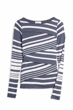 Stitch Fix Stylist: Love layered shirts like this Stitch Fix Fall, Stitch Fit, Fix Clothing, Clothing Items, Clothing Styles, Athleisure, Stitch Fix Outfits, Stitch Fix Stylist, Up Girl