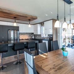 Kitchen Reno, Kitchen Remodel, Kitchen Design, Kitchen Ideas, Small Kitchen Organization, Small Kitchen Storage, Mid Century Modern Kitchen, Log Homes, Bar