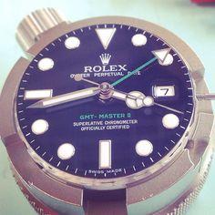 Work.. #rolex #rolexwatches #gmtmaster #womw #watches #watchfam #watchgeek #watchmaker #watchmania #warchmaking #watchesofinstagram #wristgame #wristporn #wristshot #mechanical #watchmakerlife by lorisperren