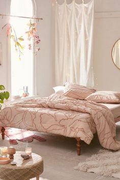 Margot Tufted Floral Comforter Snooze Set