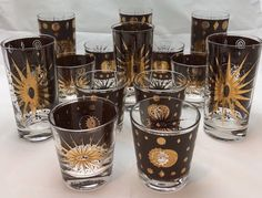 Brown and Gold Fred Press Atomic. Vintage Bar, Vintage Dishes, Vintage Glassware, Vintage Housewife, Modern Glass, Glass Collection, Kitchen Retro, Kitchen Goods, Mid Century