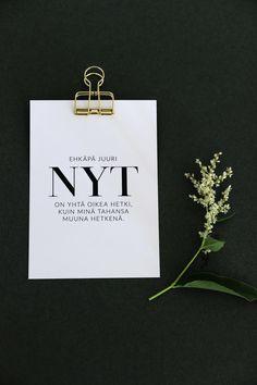 Ehkäpä juuri nyt postikortti on Ninnimoin Ninan kädenjälkeä. Se on painettu suomalaisessa painotalossa laadukkaalle sertifioidulle puhtaanvalkoiselle 100 % kierrätyspaperille, jonka valkaisussa ei ole käytetty klooria. Kortin koko on 105 x 148 mm. www.ninnimoi.fi