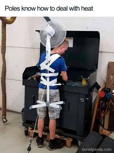 Funny Photos of Ridiculously Creative Thinkers - bemethis Really Funny, Funny Cute, The Funny, Funny Fails, Funny Jokes, Hilarious, Humor Videos, Mechanic Humor, Mission Impossible