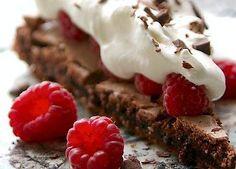 Pavlova med chokolade og hindbær