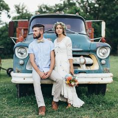 Oh man, everything about this midwestern boho farm wedding.