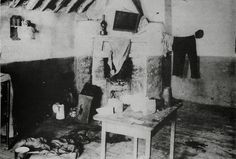 February 1901 - Working Class Life This tenement room in Newmarket Street, Dublin, typical of conditions at the time, was home to a working class family in Women In History, World History, Working Class, Vintage Pictures, Victorian Era, Dublin, Old Photos, 1970s, Theater