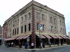 The Paula Deen restaurant, Savannah. Ate there and it was one of the best meals I ever ate!!!!