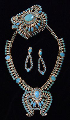 Alice Lister and Dee Nez.  Native American and Southwest Art and Jewelry ? Turquoise Tortoise Gallery, Sedona
