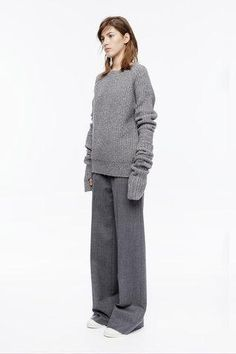 The DKNY Resort 2016 runway collection is here! And gray monochrome is the name of the game