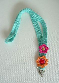 Keycord by TeenWeenyDesign via Etsy. Quick Crochet, Love Crochet, Crochet Gifts, Diy Crochet, Crochet Flowers, Crochet Lanyard, Crochet Pacifier Clip, Crochet Keychain Pattern, Freeform Crochet