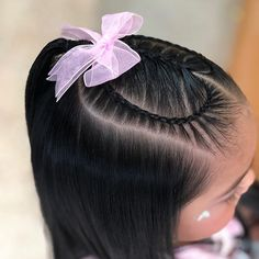 La imagen puede contener: una o varias personas Plaits Hairstyles, Baddie Hairstyles, Pretty Hairstyles, Baby Hair Cut Style, Toddler Hair Dos, Curly Hair Styles, Natural Hair Styles, Girl Hair Dos, Little Girl Hairstyles