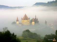 Biertan, Romania Places In Europe, Places Around The World, Places To Travel, Places To See, Brasov Romania, Ghost House, Famous Castles, Highlands Scotland, Eastern Europe