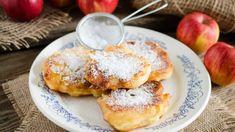 Poľské jablkové lievance (Racuchy) | Recepty.sk Apple Recipes, Biscotti, French Toast, Pancakes, Breakfast, Food, Basket, Mascarpone, Nun