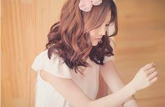 hair | ribbon in hair | curly hair | korean hairstyles