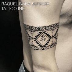 Bracelete - Tatuagem feita pela tatuadora Raquel Bona Sunama  no Tattoo Ink - Rua Consolação, 2761, Jardins, São Paulo - SP,  Agende sua Tattoo! (11) 3562-5573 contato@estudiotattooink.com.br www.estudiotattooink.com.br  #estudiotattooink @estudiotattooink  @bonasunama #tatuador #tatuadora #avpaulista #sp #saopaulo #paulista #estudiodetattoo #tatuagem #artistaplastico #artistaplastica #mandala #mandalatattoo #tatuado #tatuada #brasil #jardins #itaimbibi
