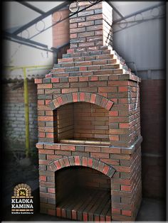 Мангал для летней кухни Outdoor Bbq Kitchen, Outdoor Barbeque, Outdoor Stove, Backyard Kitchen, Outdoor Kitchen Design, Brick Built Bbq, Brick Grill, Patio Grill, Build Outdoor Fireplace