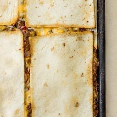 Oven Quesadilla Recipe - (Baked Quesadilla) Baked Quesadilla, Beef Quesadillas, Quesadilla Recipes, Brazilian Chicken, Homemade Salsa, Food Words, Roasted Red Peppers, Seasoning Mixes, Flour Tortillas