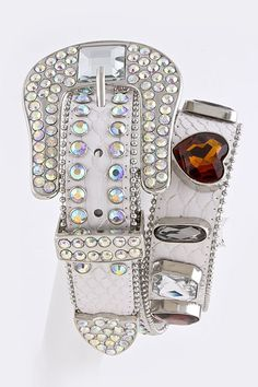 Beautiful Cowgirl Bling Jewel Studded Leather Belt White M/L Only Cowgirl Belts, Gypsy Cowgirl, Cowgirl Bling, Western Belts, Bling Purses, Bling Belts, Bling Bling, Studded Leather, Leather Belts