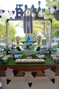 Soccer Baby Shower - Many folks start out looking for cheap baby shower favors since they have the misconception that all b Baby Boy Soccer, Soccer Baby Showers, Sports Baby, Boy Baby Shower Themes, Boy Shower, Baby Shower Games, Baby Shower Parties, Baby Shower Decorations, Soccer Birthday Parties